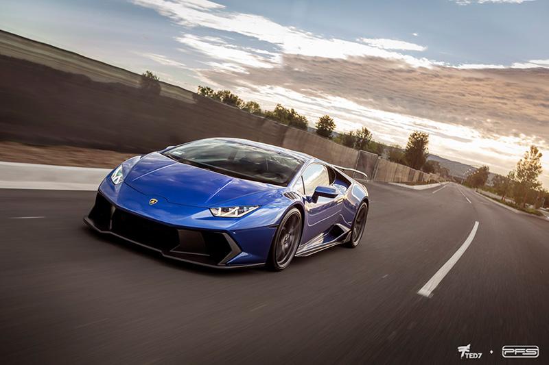 Blue Novara Lamborghini Huracan Clear Film