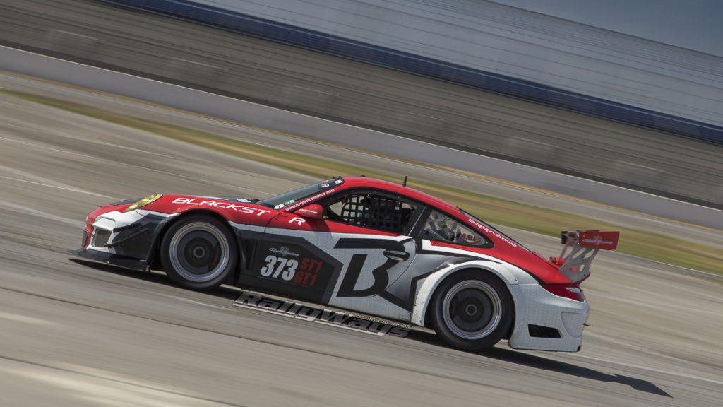 Porsche 911 GT3 Cup Car Racing by RallyWays