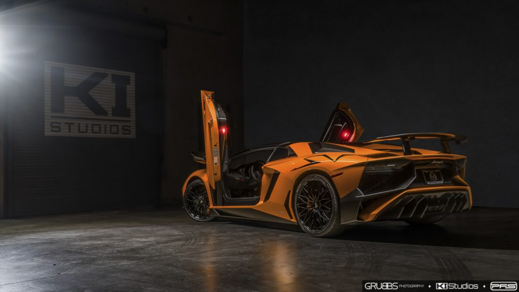Lamborghini Aventador SV Roadster Doors Up