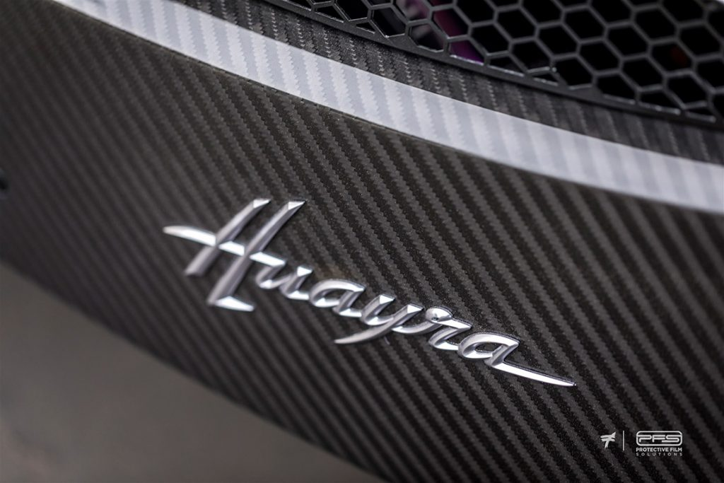 Pagani Huayra Badge