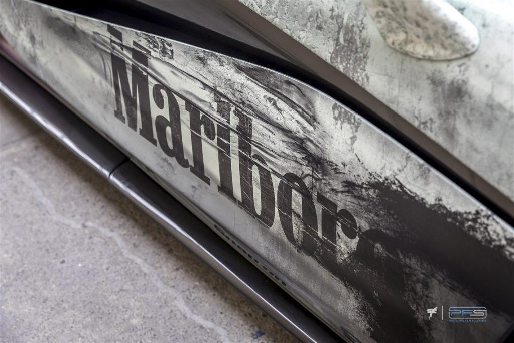 Grunge McLaren Marlboro Theme - Classic F1 Racing.