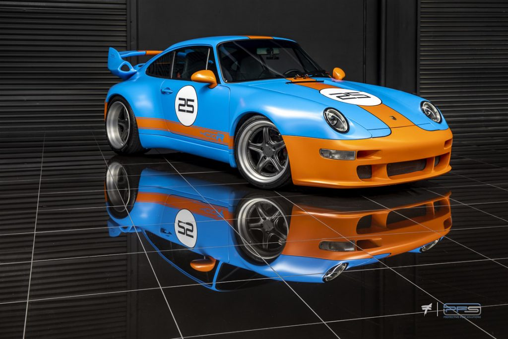 Gulf Livery Gunther Werks Porsche 993 - Photo: Ted 7.