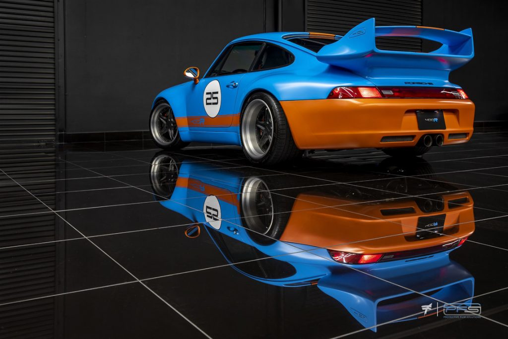 Gunther Werks 400R Porsche 993 in Gulf Colors